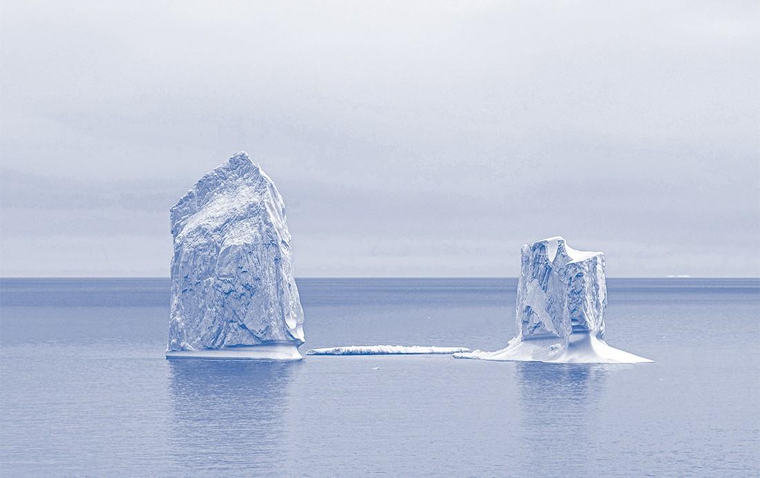 SCHÖN KALT In der grönländischen Diskobucht schmelzen Eisberge dahin.Sie stammen vom riesigen Jakobshavn-Isbræ-Gletscher, der immer schneller ins Meer fließt