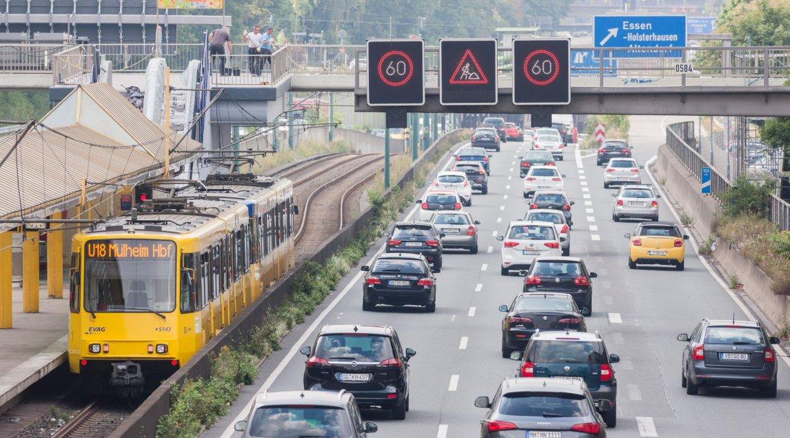 """Im """"Jahr der Schiene"""" steigt der Druck auf die Politik, die Verkehrswende endlich umzusetzen"""