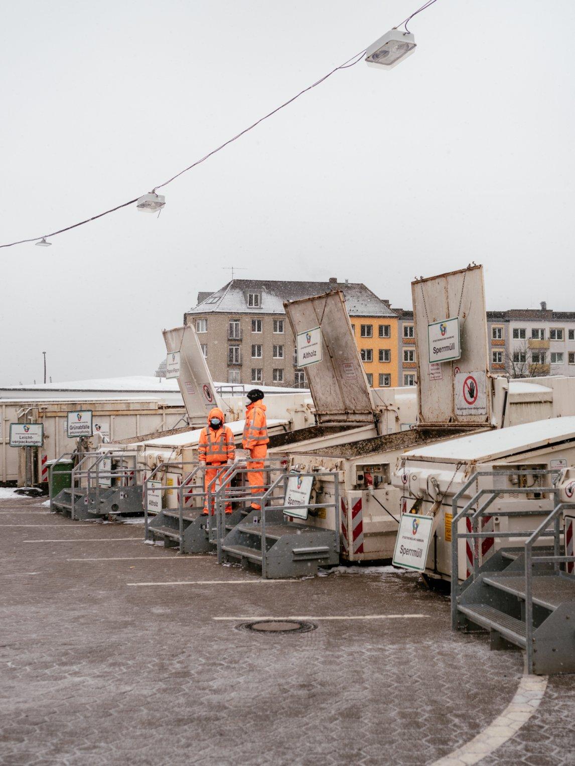 <p>Auf dem Recyclinghof St. Pauli hat jede Abfallsorte ihren eigenen Container</p>