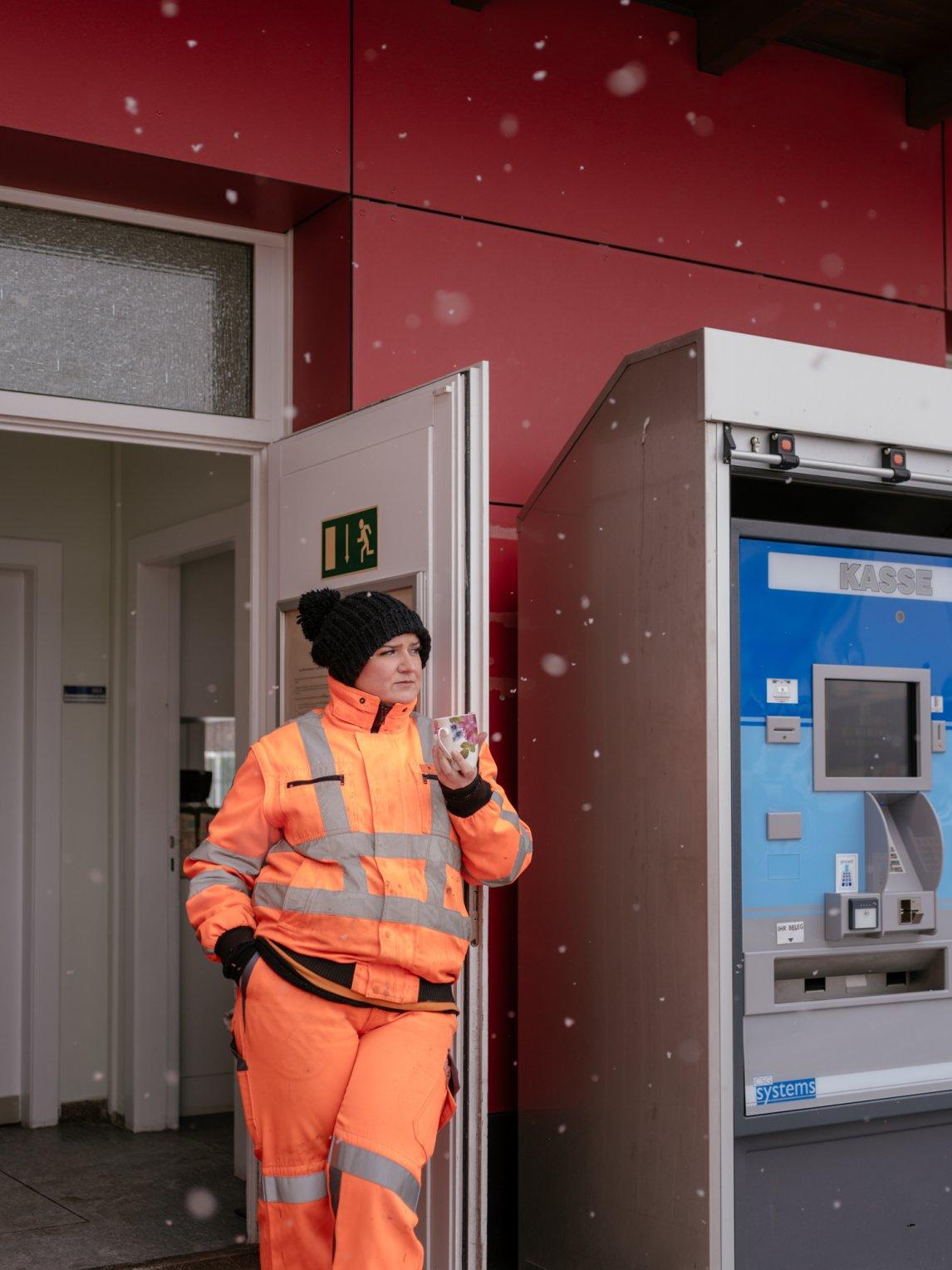 <p>Patricia Gutknecht leitet die Geschäfte auf dem Recyclinghof St. Pauli in Hamburg</p>