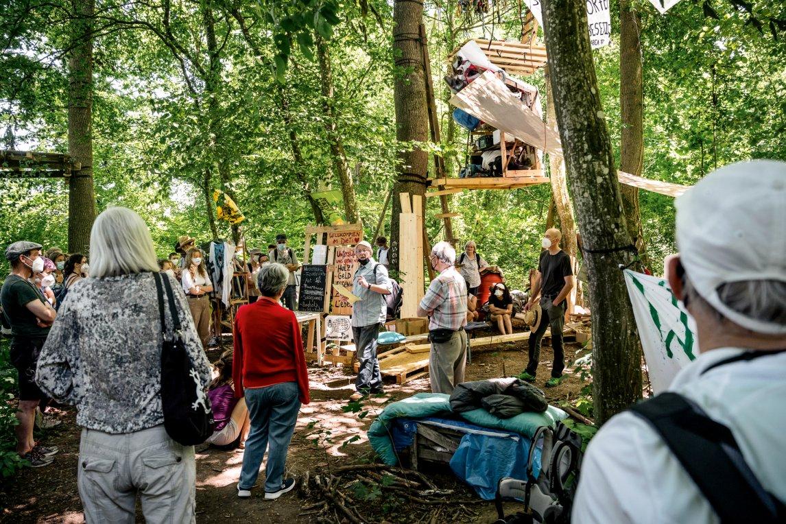 GRÜN GEGEN GRÜN Umweltschützer wollen verhindern, dass Bäume und unberührte Natur bei Dietenbach einem ambitionierten Öko-Neubauprojekt weichen müssen