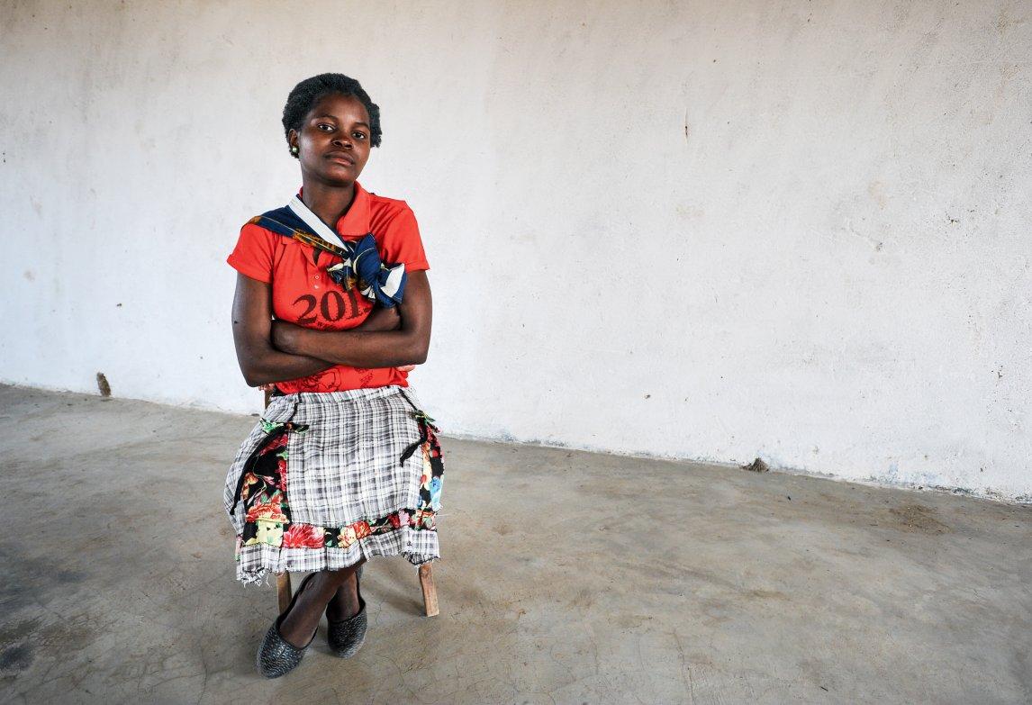 KIND DER KRISE Agnes Mposwa aus Malawi heiratete als Minderjährige – so wie 42 Prozent der Mädchen in ihrem Land. Der Klimawandel verstärkt das Problem, da Wetterextreme die Existenzgrundlage vieler Familien in dem ostafrikanischen Staat gefährden; Aufmacherbild: Hossein Fatemi/Panos Pictures